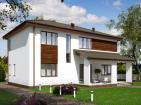 Проект двухэтажного дома с верандой и террасой